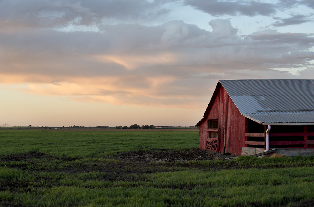 A red barn near Jonah, Texas.