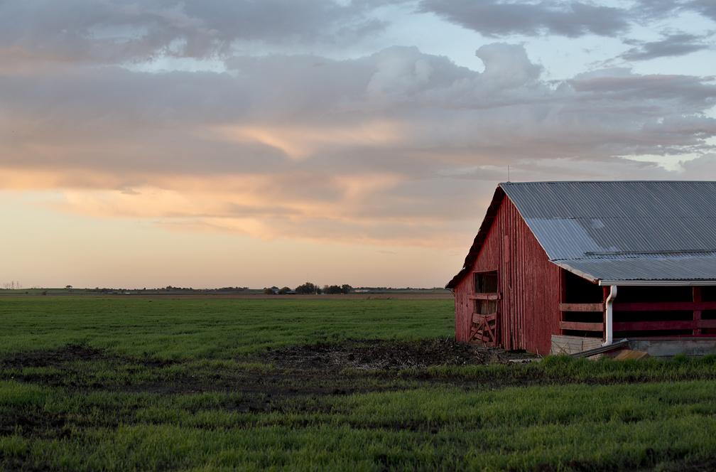 A red barn near Jonah, Texas.